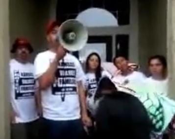 PICO protesters at KS SOS home